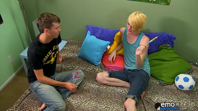 Evan Gets Every Inch Of Prestons Cock - Evan Darling And Preston Andrews - ExposedEmos Uk fat girls