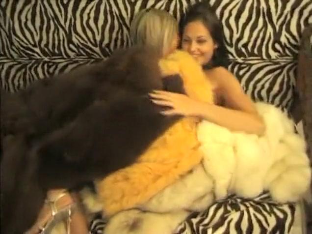 Boobie lesbos close orgies