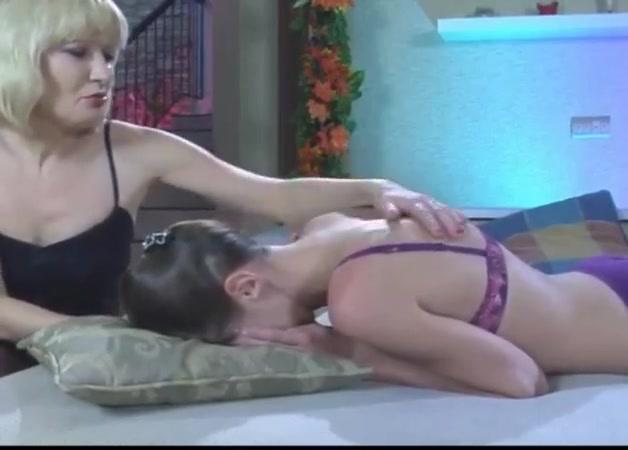 Porno porns Shower lesbin