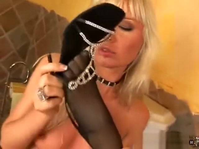 Sexual Fingering orgasim lesbion