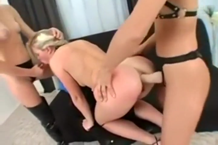 Masturbated sexx Webcam lesbia