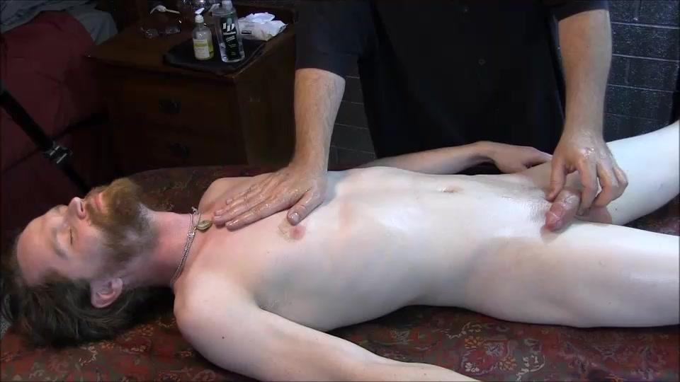 CAUSA 498 Tobias Bonus Cumshot - ClubAmateurUSA A women naked ass hole