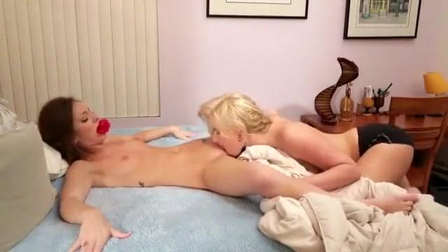 Vidoes Lesbiean fuckin masturbatian