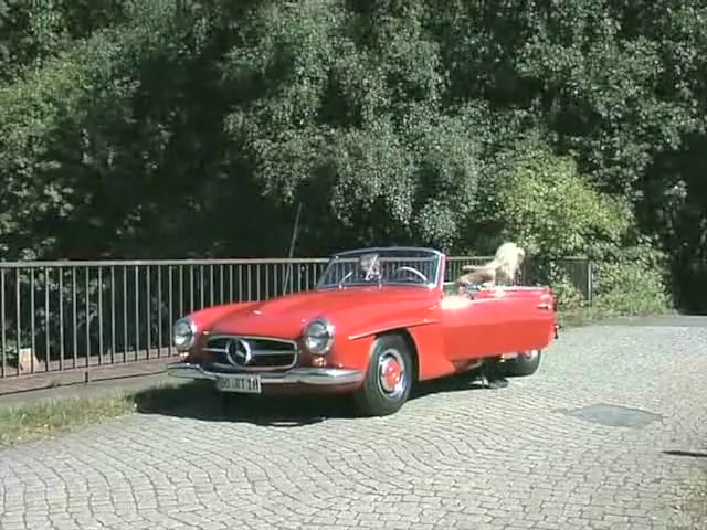 Wife goes for a test drive in a Beautiful Red Mercedes How to make a women happy