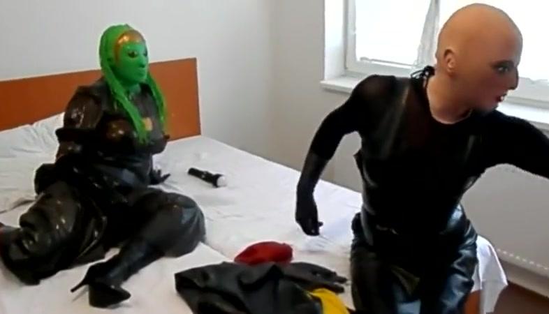 mask dolls play 2 100 bbw porn sites