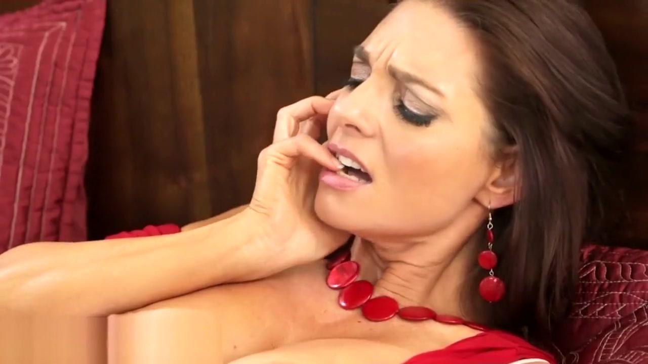 Porn pics women latina