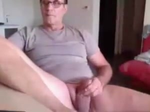 handsome dad show his asshole! Sex girl in Antibes