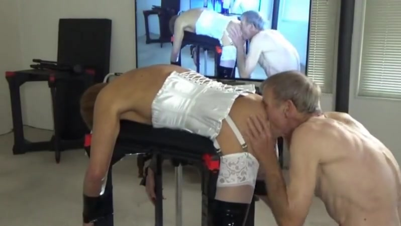 Work table fun Show real amatuer delivery man porn