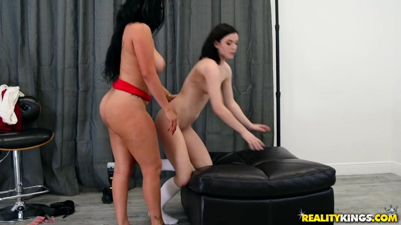 Pics boobs porn big