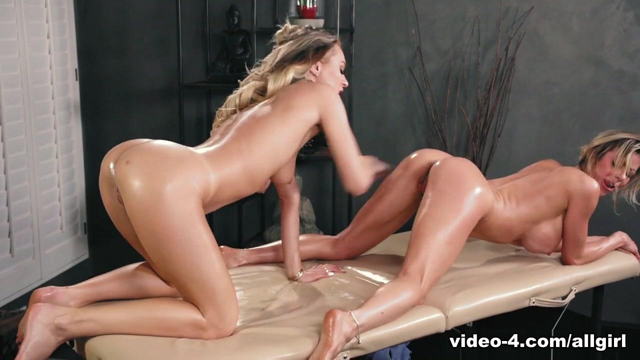 Masturbated Latina lesbo horne