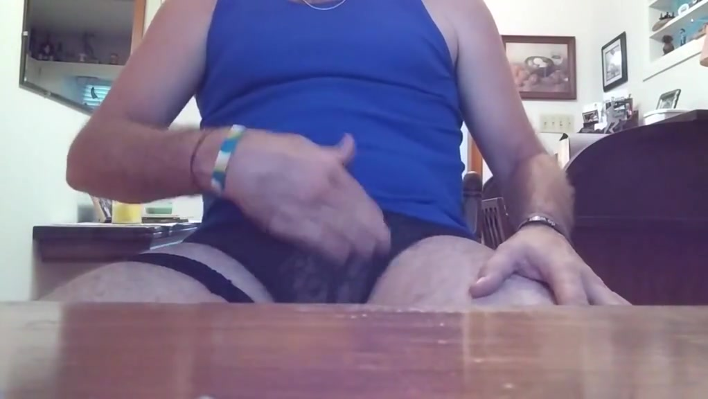 9 23 17 Danrun yells and with 2 finger rub out Wife gives stranger blowjob first time. Teens porno tube