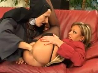 Lesbo pornb orgasim Lingerie