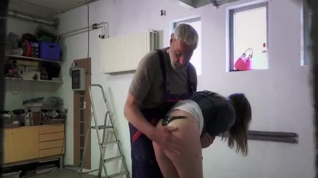 Teen step sister masturbating outdoor doggy style fucked old man cum eating Date cops online