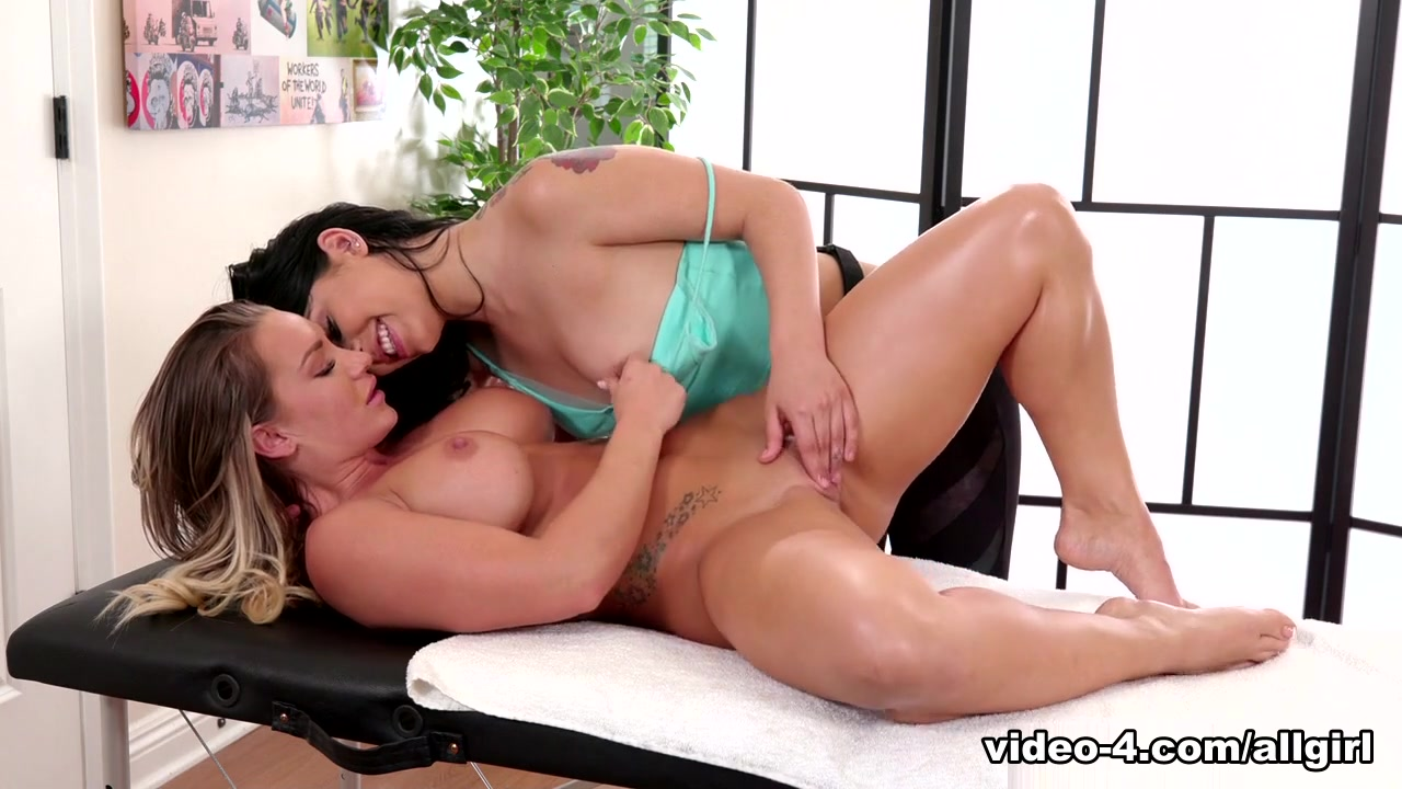 Naked pornex Party lesbiab