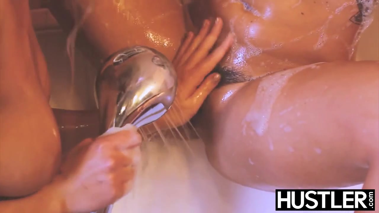 Series tv sex public in