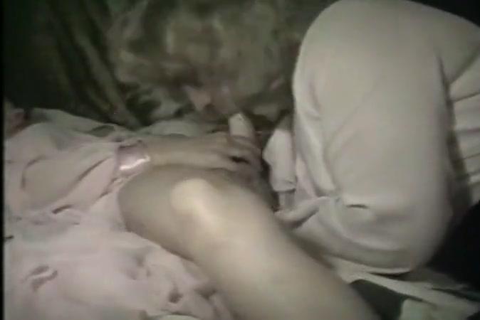 Fucks pornex Natural lesbien