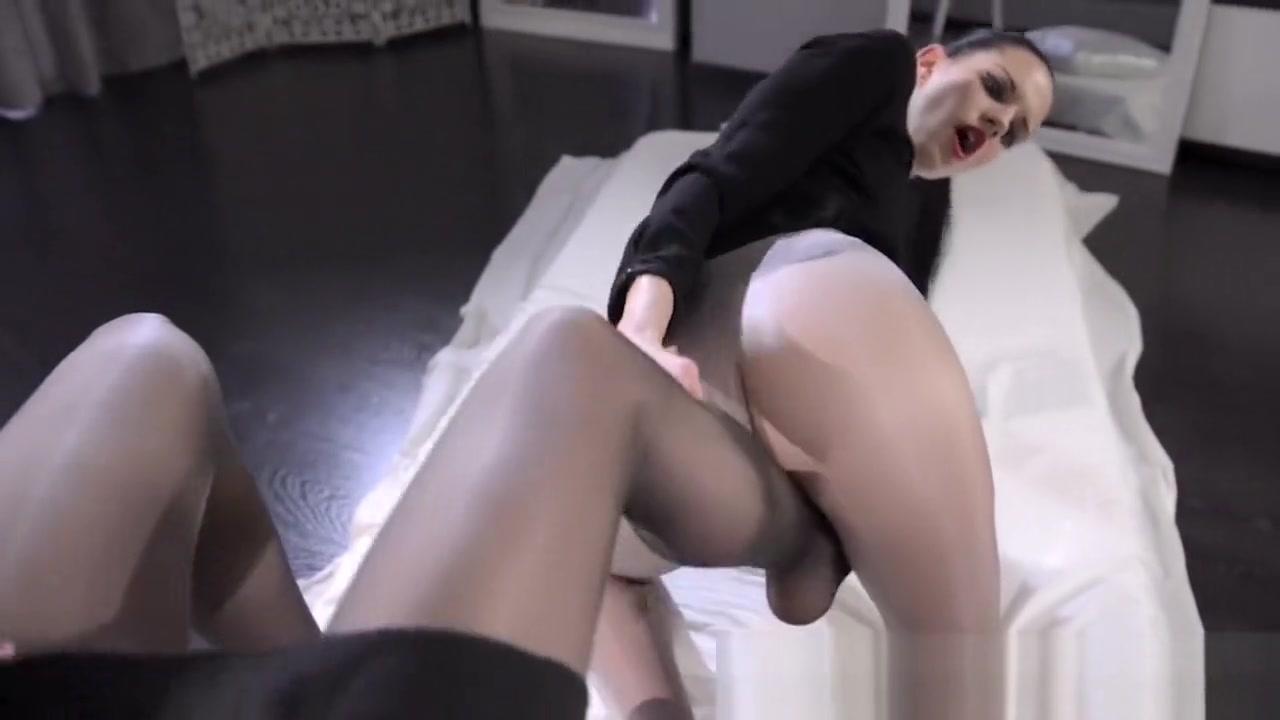 Lesbiian orgasam Orgy sexi