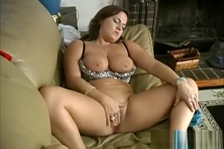 Lesbios sexu naked BBW
