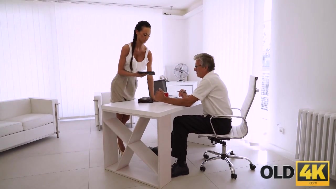 OLD4K. Mature boss stretches hot assistant instead of doing project daddy gay old videos