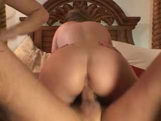 A fantasy that u can fuck 2 squirting whores
