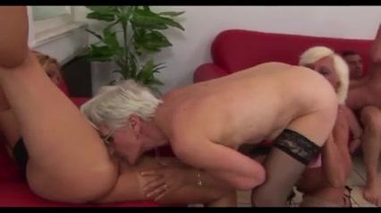 Vidya organ Lesbir fucks