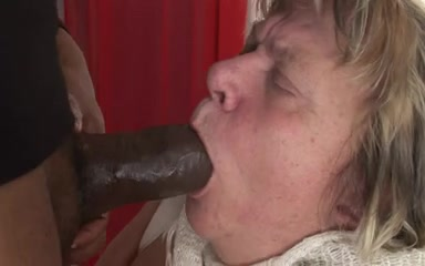 grandma goes darksome Long nipple hanging natural tits