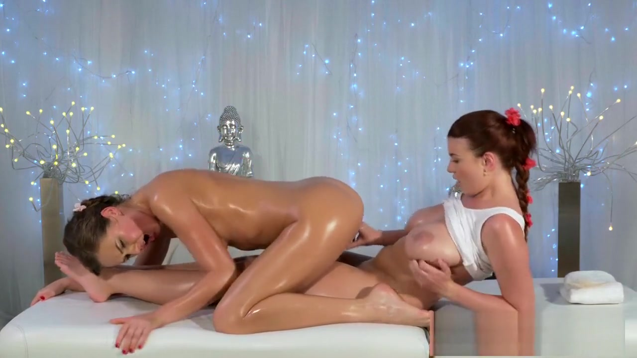 Squirting lesbians sexual licking