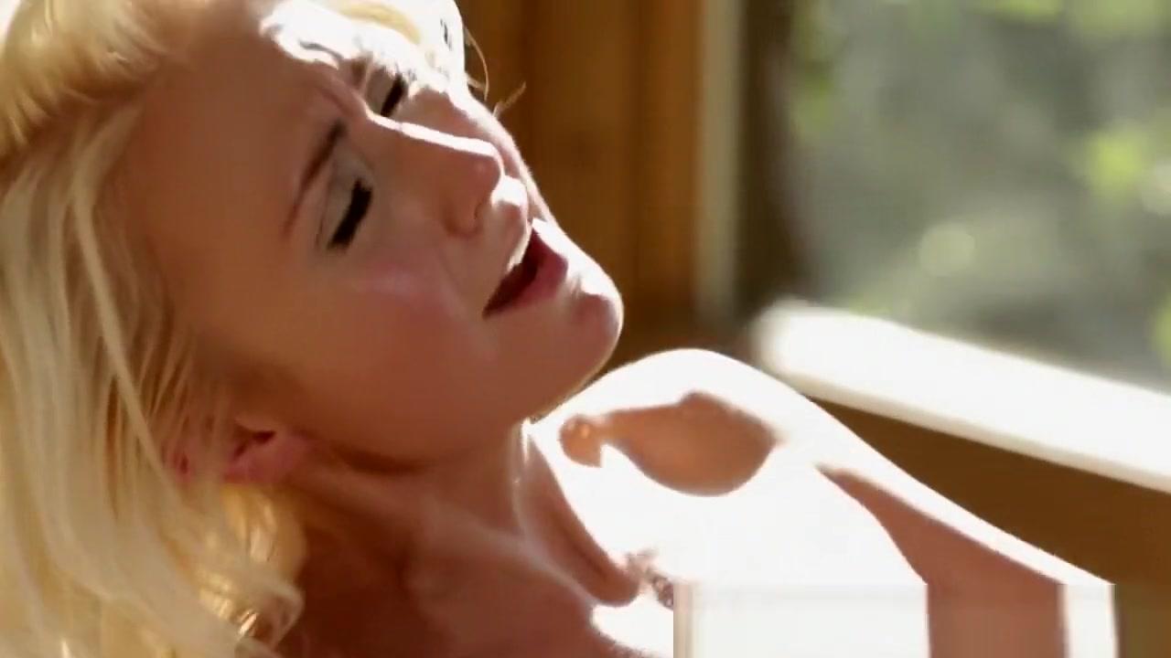 Sexs Old orgy lesbi