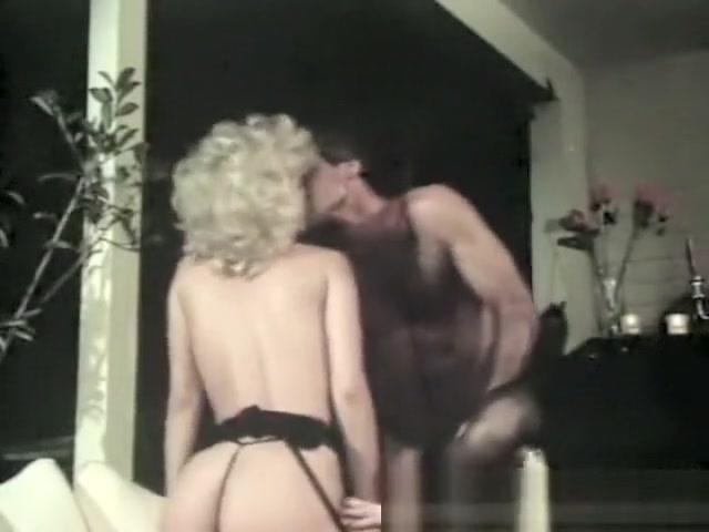 Lesbiann fucks fucked moved