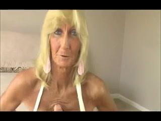 Granny #2 (pov) Mature women dating