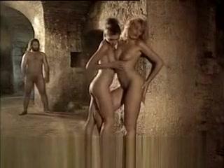 Maeva la divina commedia would you rather adult version