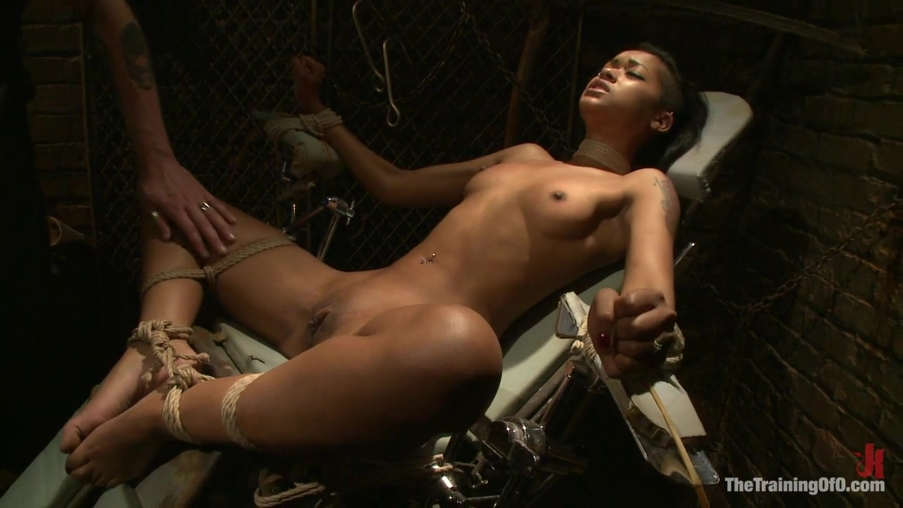 Skin Diamond Day OneSlave Ransom - TheTrainingofO Horny sweet chick Trinity St Clair gettin horny