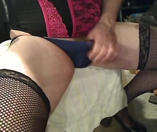 Crossdresser cum Huge hot gay dick gay men
