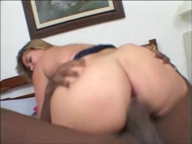 Monique Brazilian big beautiful woman Strapon sex