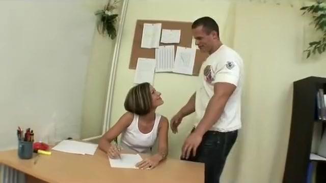 Teacher Gets Surprise Visit From Her Boyfriend At Work Bro pounds his shocking sexy girlfriends