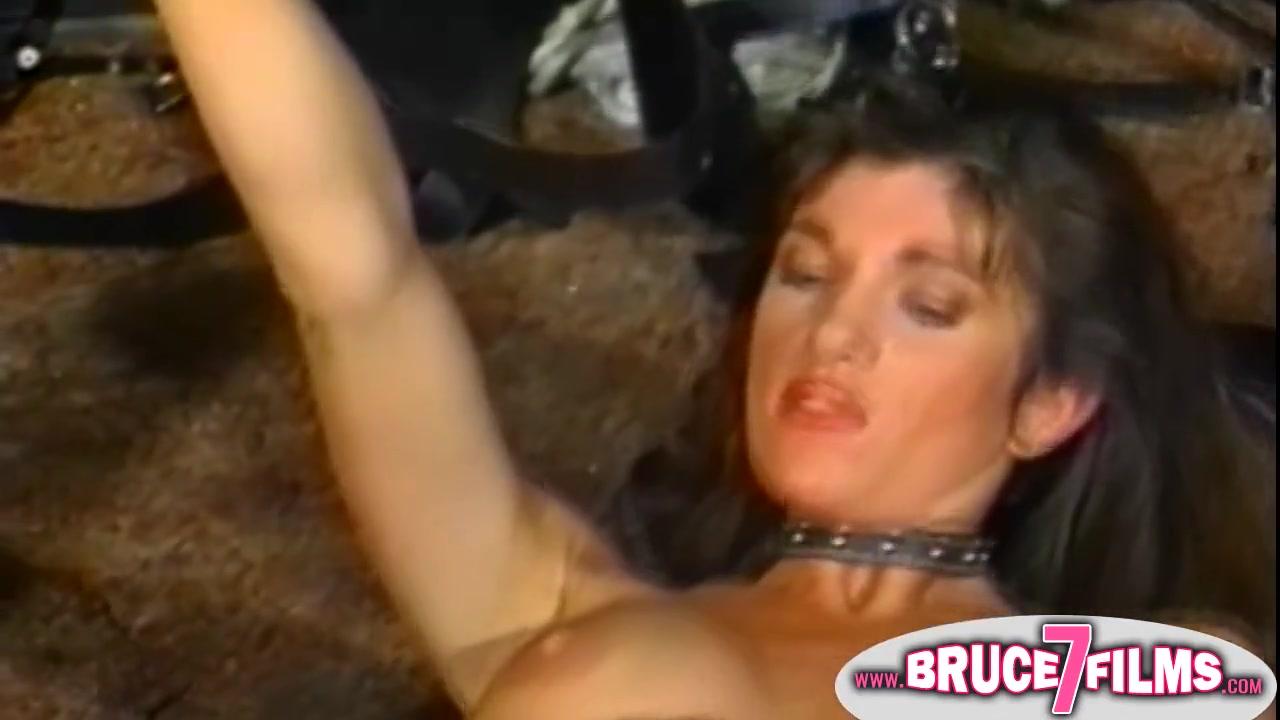 Horney fuckin lesbianas Striptease