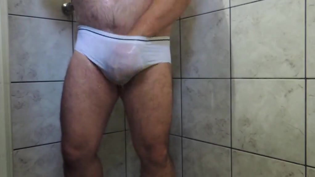 Daddy Hairy Bear on Shower Tease until Cumming Women looking for american men
