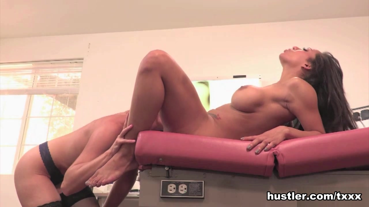 Small pics free tits