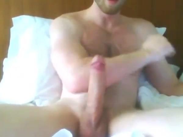 Large14fun selfsucking #3 porno de miley cyrus