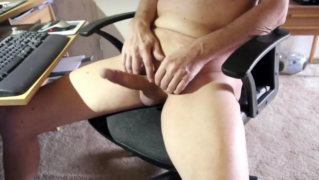 Nackedei wichst 155 Xnxx sexy booty