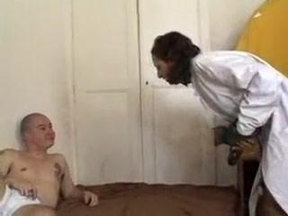 Infirmiere arabe suce un patient qui la defonce imagefap huge mom slut porn captions