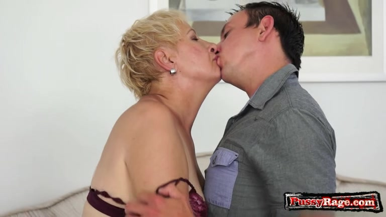 Big tits pornstar hardcore with cum in mouth Sexy ladies in satin