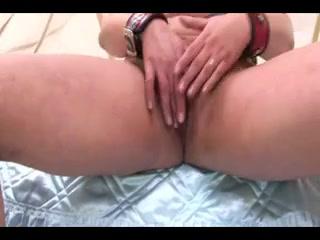 Vibrator lesbians sexis masturbation