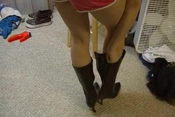 Princess Devyns Hawt Legs