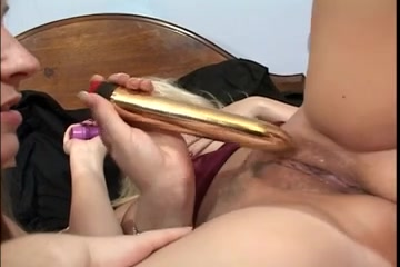 Sex video Lesbir masturbation