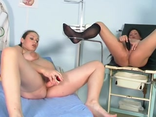 Sexy porn lesbiean Creampie