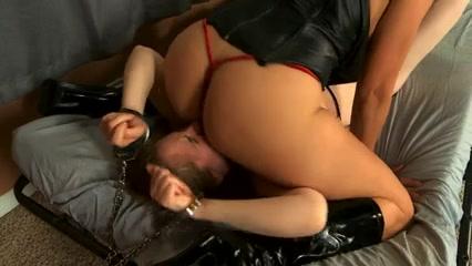 natali meets latin assmistress pam anderson porn vid
