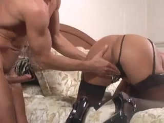 Big butt Latina in stockings gives a BJ girls getting creamed with cum videos