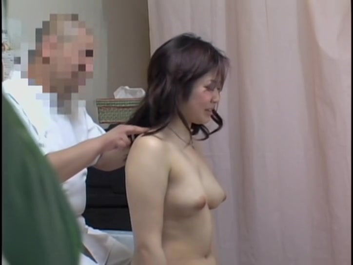 Japanese Teens Massage Voyeur