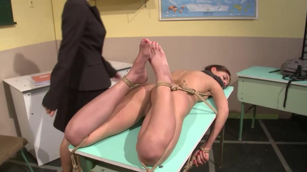 Lesbiana sexo masturbated Italian